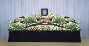 グラデーション祭壇G-14 : サイズW4,500 x H2,300 x D1,400(mm)