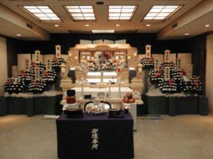 蓮馨寺 祭壇例